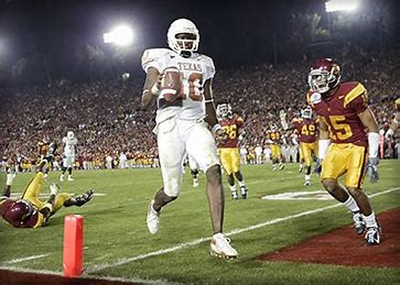 Vince Young scores winning TD against USC in 2006 Rose Bowl